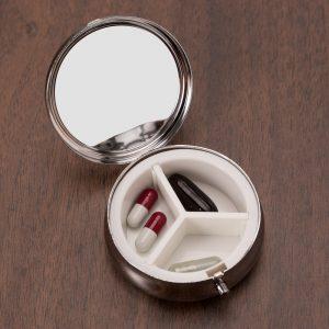 Orçar Porta Comprimido Metal de brinde
