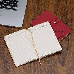 Orçar Caderneta Tipo Moleskine de brinde